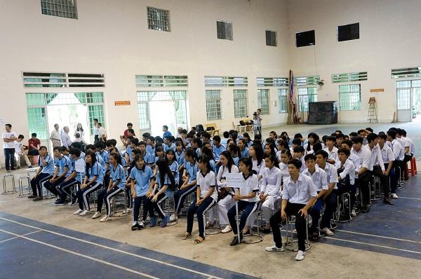 IMM Group chắp cánh ước mơ vào Đại học của học sinh nghèo