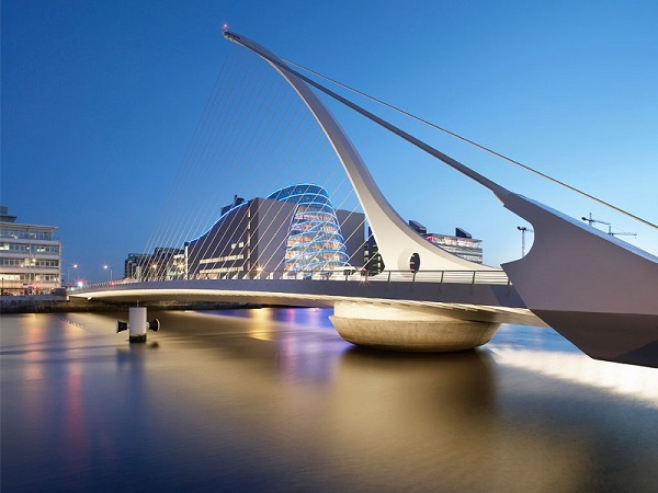 IMF dự đoán nền kinh tế Ireland sẽ tăng trưởng 3.5 % trong năm 2017