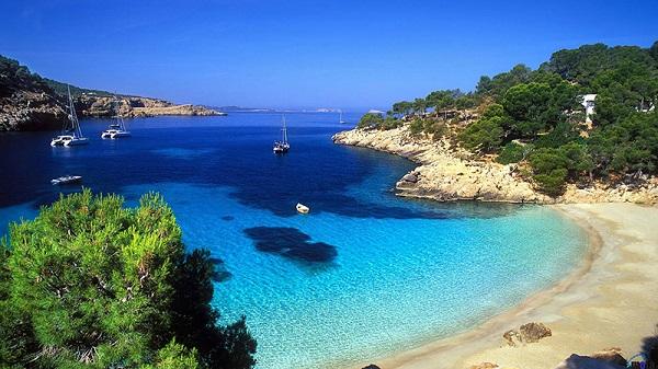 Khách du lịch đến với đảo Síp năm 2017 ước tính đạt kỷ lục mới, vượt mức 3,6 triệu lượt khách