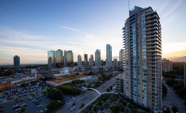 Nền kinh tế Canada phục hồi nhanh hơn dự kiến
