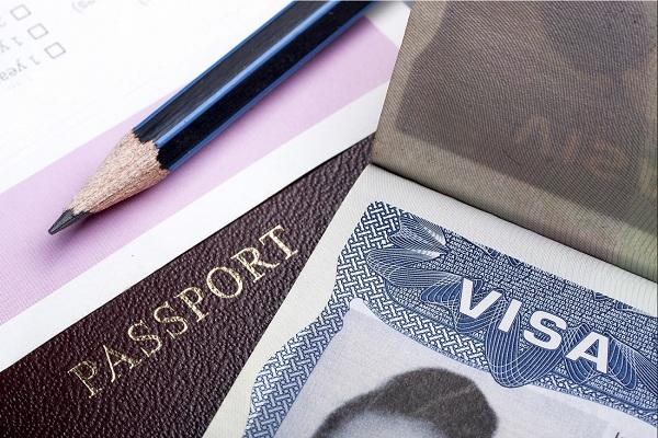 Sở Di trú và Nhập tịch Mỹ đưa ra hướng giải quyết về tình trạng tồn đọng hồ sơ nhập cư