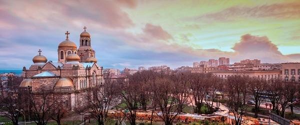 Bulgaria điểm du lịch và lấy quốc tịch của Châu Âu