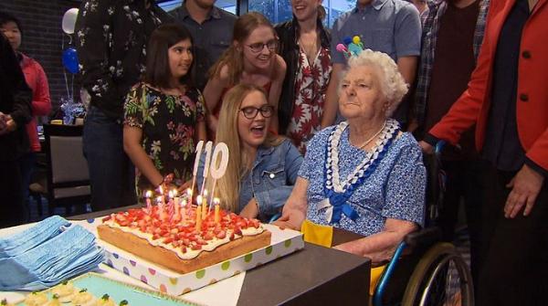 """""""Nữ hoàng Queensland"""", bà Mabel Crosby, mừng sinh nhật thứ 110"""