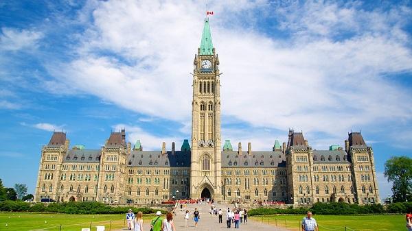 5 thành phố Canada tuyệt vời cho phụ nữ du lịch một mình