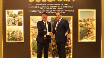 """7 nhà đầu tư đầu tiên của Việt Nam cùng gia đình trở thành công dân toàn cầu qua sự kiện """"Con đường nhanh nhất đến châu Âu"""""""