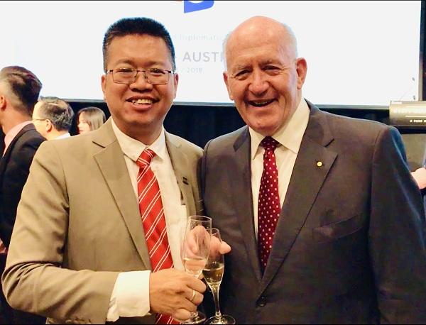 IMM Group mang 8 công ty bất động sản lớn của Úc cùng những dự án nằm trong hoặc kết nối trực tiếp với CBD (trung tâm kinh tế trọng điểm) và ưu đãi lên đến 400 triệu đồng cho mỗi nhà đầu tư Việt Nam. Đây là một tín hiệu tốt dự báo về sự tăng trưởng đầu tư bất động sản nước ngoài của người Việt Nam trong năm 2019.