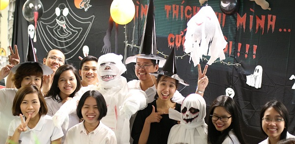"""Video – Attending """"The Ghost Wedding"""" at IMM Group"""