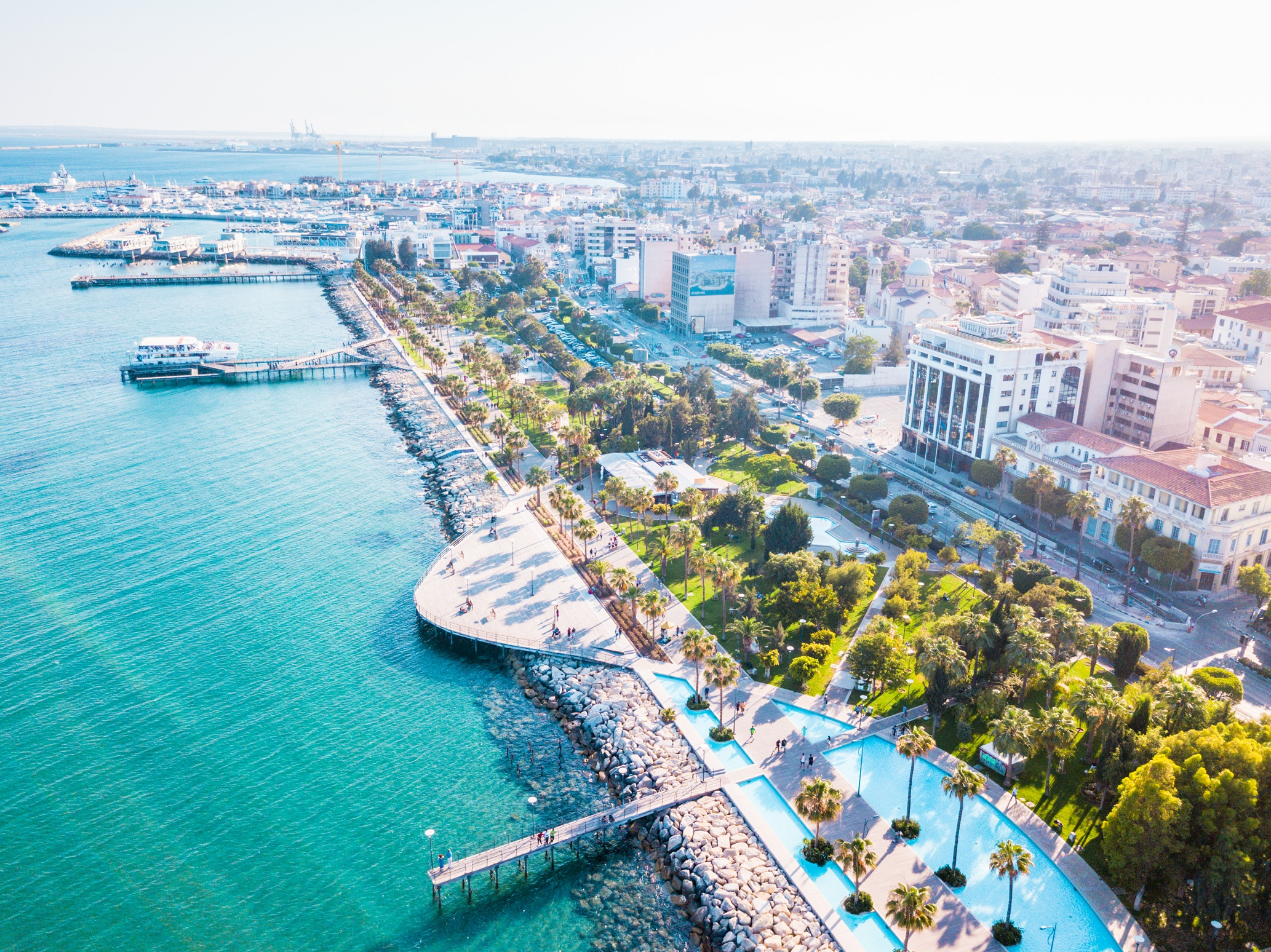 """""""Thủ đô tài chính"""" Limassol: Không có khái niệm """"quan liêu"""""""