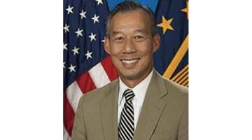 VnExpress – Biden bổ nhiệm người gốc Việt làm quyền bộ trưởng