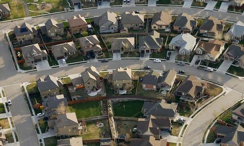 VnExpress – Hầu hết người Mỹ giàu hơn qua mùa dịch