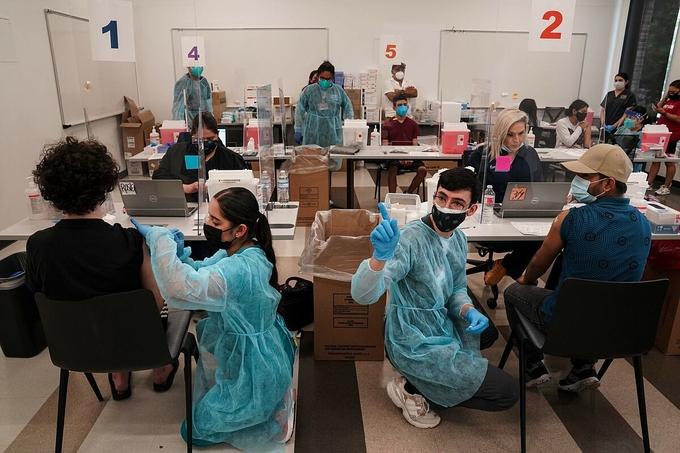 VnExpress – Vaccine Covid-19 cứu sống gần 280.000 người Mỹ